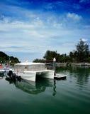 Yacht am Kai Lizenzfreie Stockfotografie