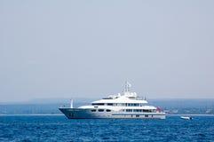 Yacht majestueux Photographie stock libre de droits