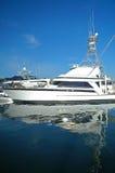 Yacht mit Reflexion Stockfoto