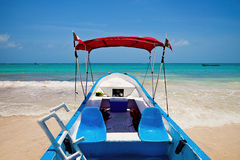 Yacht moored in Playa Paraiso, Mayan Riviera, Royalty Free Stock Photos