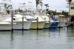 Yacht nel porticciolo Immagini Stock