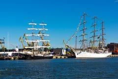 Yacht nel vecchio porto del castello di Klaipeda Immagine Stock