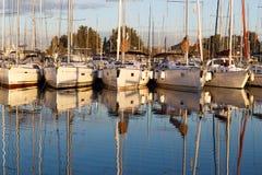 Yacht o porto fotografia de stock royalty free