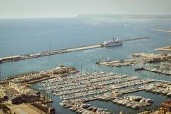 Yacht o porto de Alicante, Valência, Espanha Foto de Stock Royalty Free