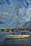Yacht på Nevaen Royaltyfria Bilder