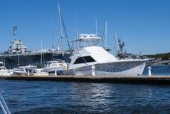 Yacht på skeppsdockan Fotografering för Bildbyråer