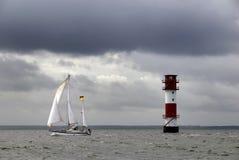 Yacht s'épuisant photo stock