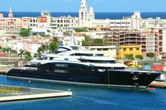 Yacht serein Images stock