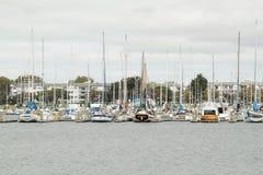 Yacht sul pilastro Immagini Stock Libere da Diritti