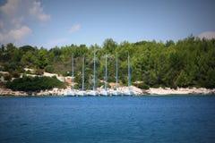Yacht a terra immagine stock libera da diritti