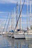 Yacht in un porto marittimo in Riviera francese Fotografia Stock
