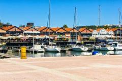 Yacht- und Santo Amaro-Docks Stockbild