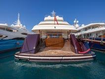 Yachtakter på skeppsdockan Royaltyfri Foto