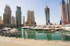 Yachten in Dubai stockfotos