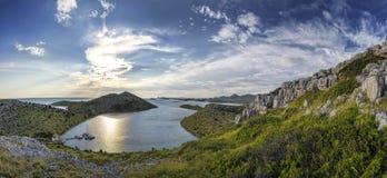 Yachten in einer Bucht - Kroatien Stockbild