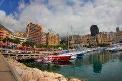 Yachten festgemacht in Monaco-Hafen Stockbilder