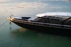 Yachten har parkerat royaltyfria bilder