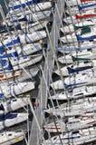 Yachten im Hafen stockfotografie