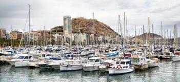 Yachter och fartyg i Alicante Fotografering för Bildbyråer