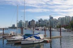 Yachter på den Vancouver colehamnen Arkivfoto