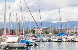 Yachter på sjön, Genève Arkivbild