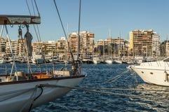 Yachtklubba i Torrevieja, Spanien royaltyfri foto