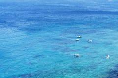 Yachtregatta på Adriatiskt havet i blåsväder arkivbilder