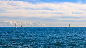 Yachtrennen und -Meerblick Lizenzfreie Stockbilder