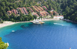 Free Yachts At The Pier And Beach On Turkish Resort Royalty Free Stock Photos - 33361208
