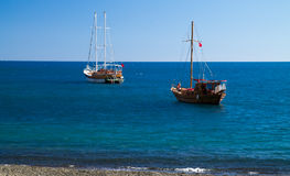 Yachts in bay Royalty Free Stock Photography