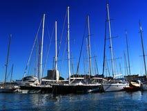 Yachts dans le port Photos libres de droits