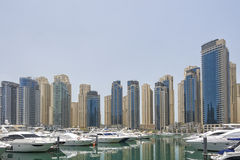 Yachts dans le port de Dubaï, émirats arabes unis Image libre de droits