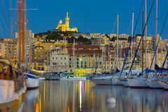 Yachts dans le port de Marseille Photo stock