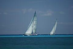 Yachts dans un chemin Images libres de droits