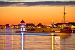 Yachts de luxe à la vue de soirée de port de Zadar Photos libres de droits