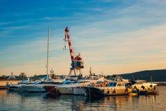 Yachts et bateaux en Mer Adriatique Photographie stock libre de droits
