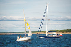 Yachts sailing at sea Royalty Free Stock Photos