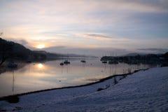 Yachts sur le lac de l'hiver Photo libre de droits