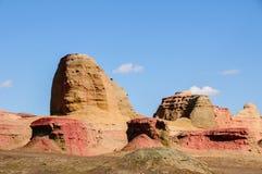 Yadan Landforms - jäkelstaden i xinjiang royaltyfri bild