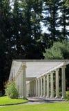 在玫瑰色树荫处, Yaddo庭院,萨拉托加斯普林斯,纽约的美好的技巧, 2014年 免版税图库摄影