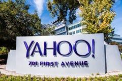 Yahoo-Logo gelegen vor dem Haupt-Hauptquartier der Firma stockbilder