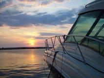 Yaht Kanal am Sonnenuntergang Stockfotografie