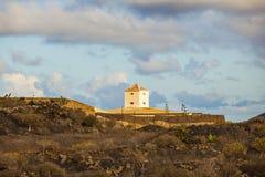 Yaiza Lanzarote - gammalt lantgårdhus royaltyfria bilder