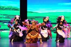 Yak οροπέδιων χορός-μεγάλα σενάρια show† κλίμακας ο δρόμος legend† Στοκ Εικόνα