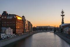 Yakimanskaya embankment traffic jam at sunset. Moscow, Russia Royalty Free Stock Photos