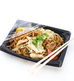 Yakisoba, giapponese stir-ha fritto le tagliatelle immagine stock