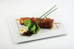 Yakitori mit Speck Lizenzfreies Stockfoto