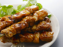 Yakitori (poulet grillé) Photographie stock