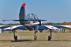 Yakovlev Yak-52 aerobatic instruktör Arkivfoto