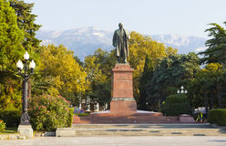 YALTA, ΚΡΙΜΑΊΑ - 5 ΣΕΠΤΕΜΒΡΊΟΥ 2016: Φωτογραφία του μνημείου στο Βλαντιμίρ Λένιν Στοκ φωτογραφία με δικαίωμα ελεύθερης χρήσης